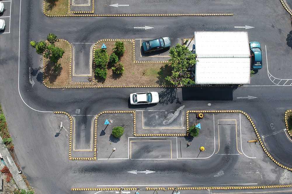 停車訓練車道